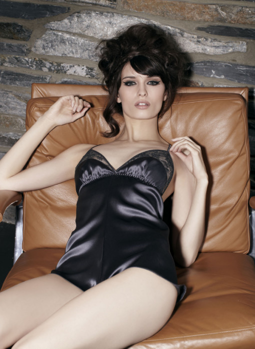 Dark and daring, with a rich opulent colour and delicate lace and silk cups, the Exquisite playsuit is just that.