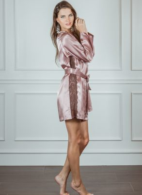 Now 50% off! Zumruduanka Juliette Satin Allure Powder Robe will keep you cool and comfortable whilst looking irresistable. Made in Istanbul, Turkey.
