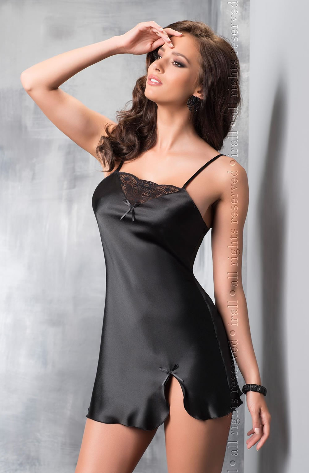 Tara is a classic chemise made from high quality Italian satin. The  neckline is decorated 33432764e