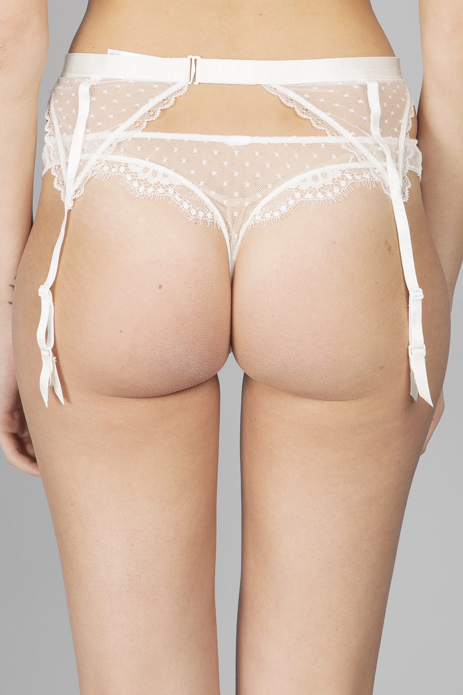 41b40ca1f This unique Oui Lejaby garter belt is made in France from white silk and  Leavers lace