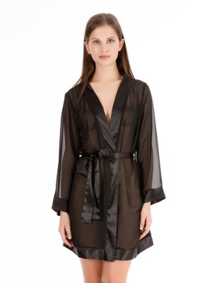 The Bluebella Chiffon Kimono in black is a must-have item to complete your favourite lingerie looks. Bargain price, free delivery and gift boxing.